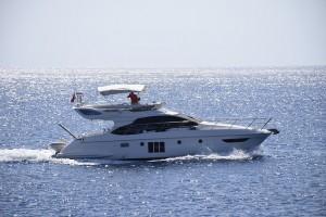 yacht-582738_640