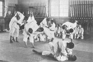Jiu-Jitsu training in 1920