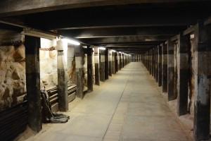 air-raid-tunnel-730816_640