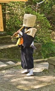 363px-Komuso_Buddhist_monk_beggar_Kita-kamakura