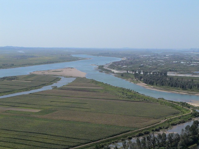 river-186134_640