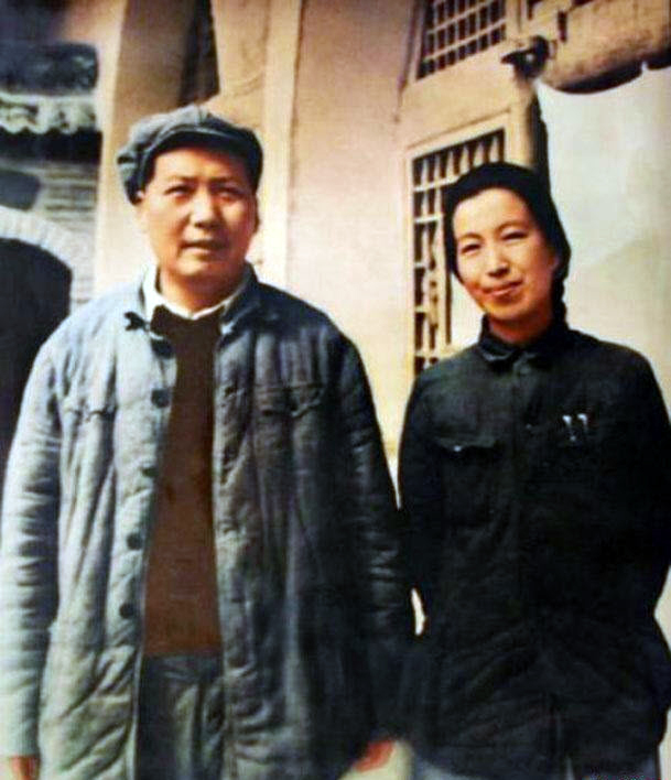 1aMao_and_Jiang_Qing_1946