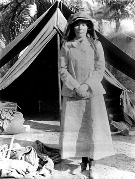 BellK_218_Gertrude_Bell_in_Iraq_in_1909_age_41